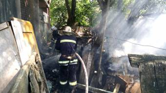 У Зіньківському районі внаслідок пожежі чоловік отримав опіки