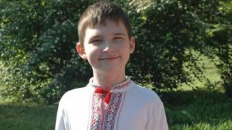 Допоможемо зібрати кошти на імпланти  9-річному хлопчику!