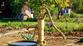 У Луговому відновлюють водопостачання