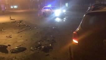 У Полтаві на Сінній вночі зіткнулися три автомобіля