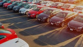Автомобілі можуть істотно подешевшати, але не всі