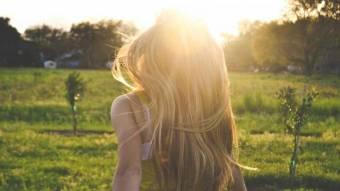 Як колір волосся впливає на тривалість життя