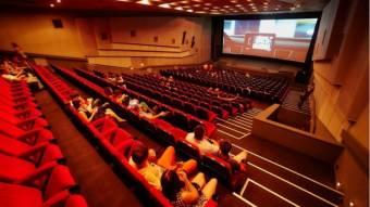В Україні нарешті відкривають кінотеатри: Коли сеанси і за скільки квитки