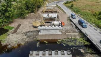 У Лохвицькому районі продовжується будівництво мосту через річку Сула