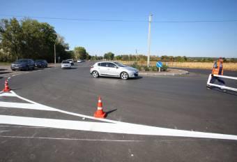 Відремонтували 9 кілометрів місцевої дороги Машівка-Карлівка