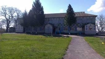 Розчищення ставка, ремонт та утеплення навчальних закладів