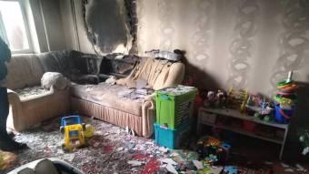 Під час гасіння пожежі у квартирі евакуювали 14 жителів будинку