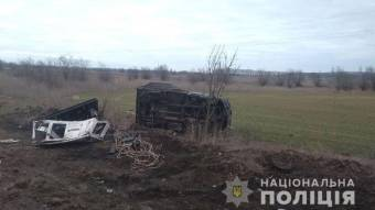 У Козельщинському районі вантажівка злетіла у кювет