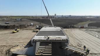 Завершили важливий етап зведення мосту під Кобеляками