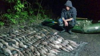 На Кременчуцькому водосховищі упіймали браконьєра з уловом на кілька десятків тисяч гривень