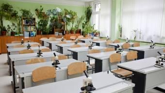 Учням Соколовобалківської школи придбають сучасний кабінет, а для нехворощан шитимуть екоторбини