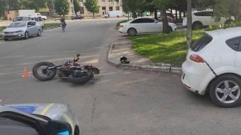 У Лубнах мотоцикліст зіткнувся з автомобілем