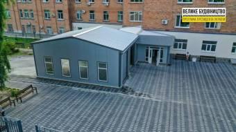 У приймальному відділенні в Лубнах запрацювала лабораторія і «бокс» для заїзду «швидких»