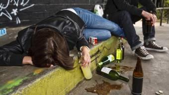 Причини домашнього насильства — алкоголь і наркотики