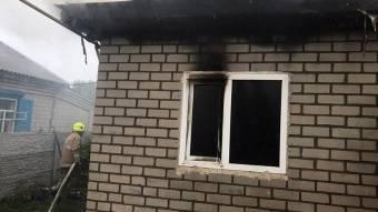 У Кременчуці в палаючому будинку виявили тіло жінки