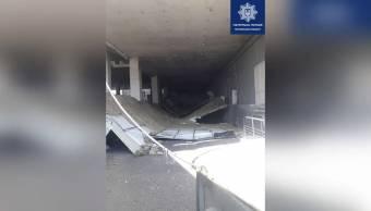 У Полтаві на парковці ТРЦ обвалилася стеля