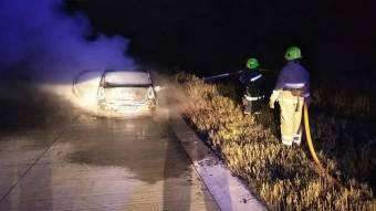 На Новосанжарщині згорів автомобіль