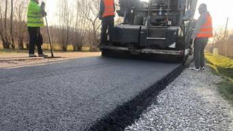 Кобеляцька громада виділила найбільше коштів наремонт доріг