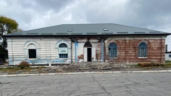 Перед Покровою відновили роботи зремонту Китайгородського клубу
