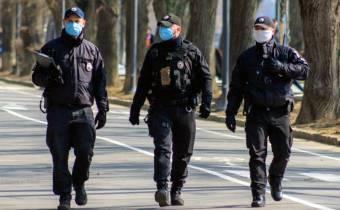 За добу поліцейські склали 37 адміністративних матеріалів щодо порушення карантину