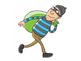 """У Франківську поліція затримала """"на гарячому"""" чоловіка, який вкрав унітаз"""