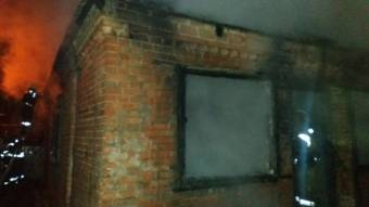У Полтаві майже згорів будинок