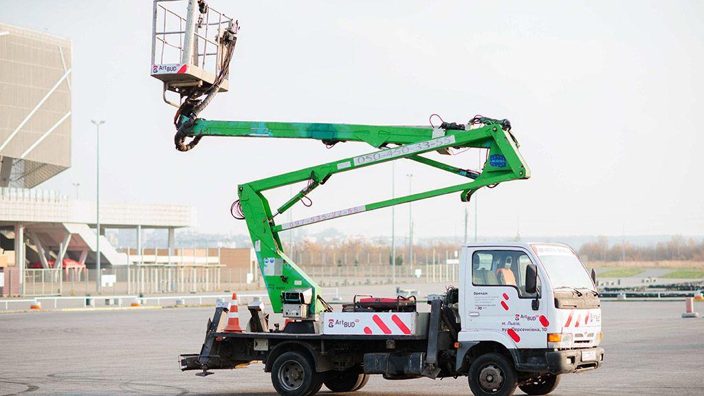 Автовишки - робота на висоті в межах легкої досяжності