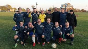Бронзовим призером футбольних змагань стає команда із сусіднього району