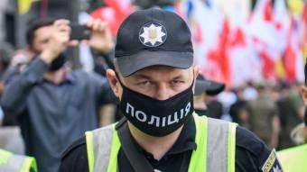 За відсутність маски оштрафували 1780 людей