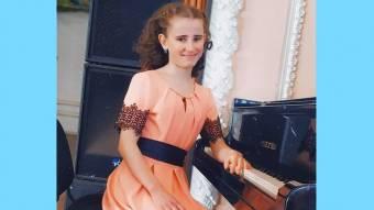 Юна кобеляцька піаністка стала лауреатом престижних конкурсів