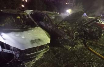 У Полтаві за ніч згоріло кілька автомобілів