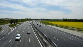 Дороги в Україні скоро стануть платними